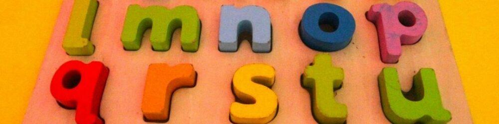 Otroci-in-učenje-tujih-jezikov-kdaj-začeti – kopija